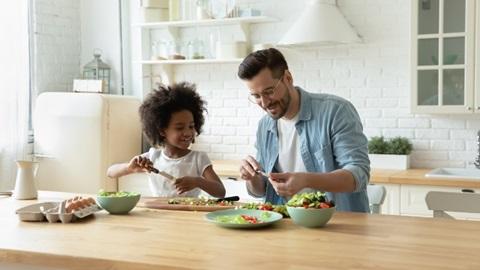 Salades mixtes en sachet: de très correctes alternatives pour mettre plus de légumes dans notre vie, montrent nos tests