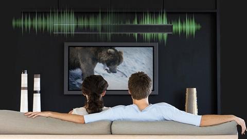 Test-achats, guide d'achat d'une barre de son, audio, surround, télévision, téléviseur, HDMI, HDMI-ARC, stéréo, modèles, conseils, test, électronique, enceinte, acoustique, qualité audio, plateau sonore, soundplate, caisson de basses, high-tech