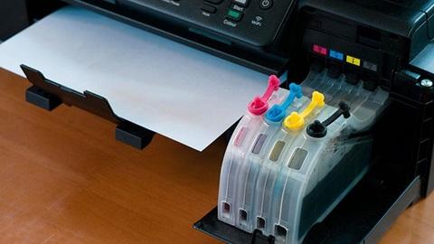 Imprimantes à réservoirs d'encre: avantages et inconvénients