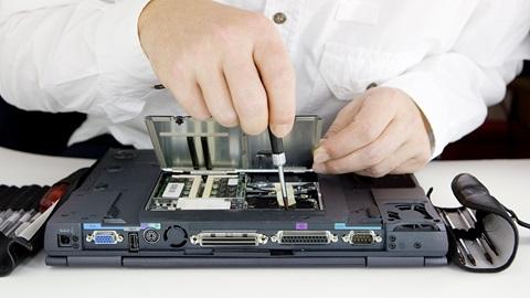 ne-faites-pas-aveuglement-confiance-aux-reparateurs-d-ordinateurs