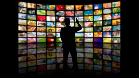 Regarder la TV en direct, c'est démodé. Aujourd'hui, on préfère la vision différée (VOD), surtout en streaming comme Netflix.