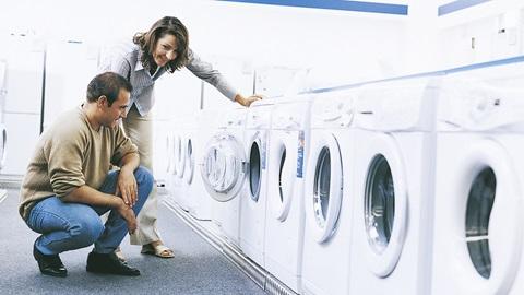 Guide d'achat d'un lave-linge par les experts de Test-Achats. Tour d'horizon des critères importants pour bien choisir votre machine à laver.