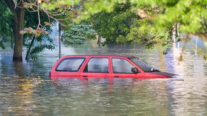En cas d'inondation, êtes-vous assuré contre les dommages à votre voiture?