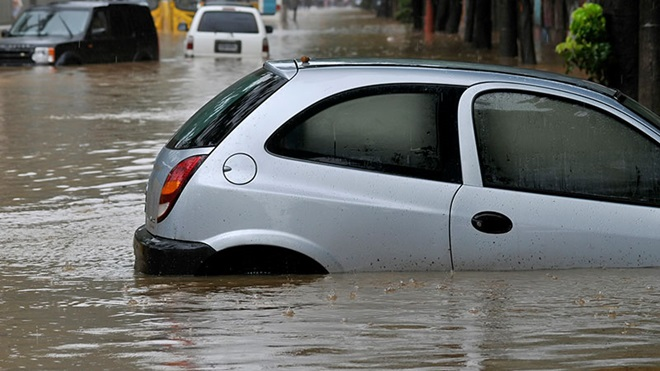 Que faire en cas de dommages à votre voiture du fait d'une inondation ?